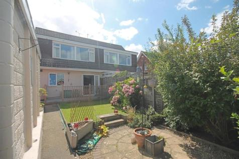 Hesters Way Lane, Cheltenham. 3 bedroom semi-detached house
