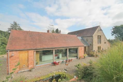 Newent Lane, Huntley, Gloucestershire. 3 bedroom barn conversion