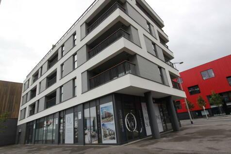 Millbay Road, Millbay, Plymouth. 2 bedroom apartment