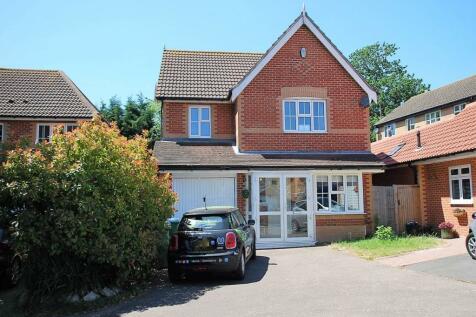 Parish Gate Drive, Sidcup, Kent. 4 bedroom house