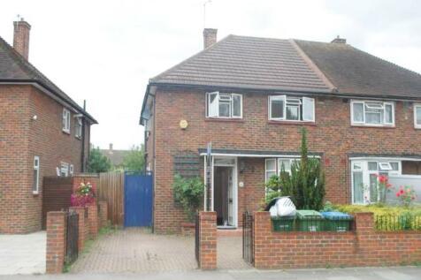 Restons Crescent, Eltham, London. 4 bedroom house