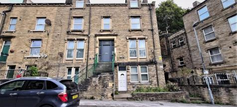 Bankfield Road, Huddersfield, HD1. 1 bedroom flat