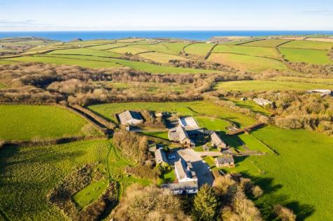 Treworgie Barton, Crackington Haven, Bude, EX23. 27 bedroom farm house