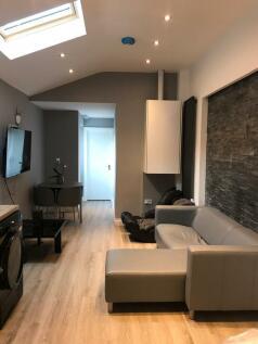 Northfield Road, Coventry, CV1 2BP. 6 bedroom terraced house