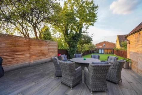 Cleveland Road, London, W13. 5 bedroom semi-detached house for sale