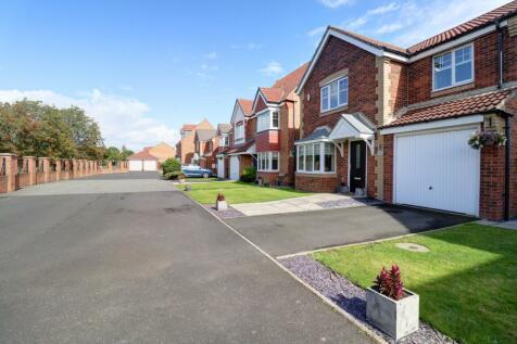Beadnell Grove, Ashington. 4 bedroom detached house for sale