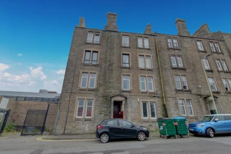 Forest Park Place, Dundee. 2 bedroom flat for sale