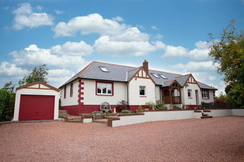 The Glen, Dumfries. 4 bedroom detached house