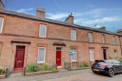 Henry Street, Dumfries. 2 bedroom flat
