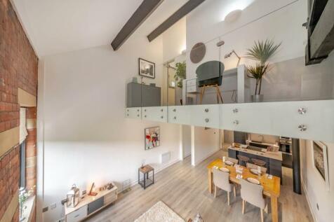 Conditioning House, Bradford,. 2 bedroom flat