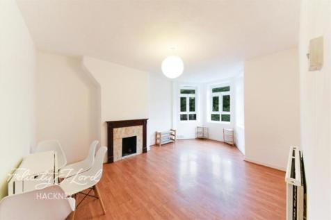Malmsmead House E9. 3 bedroom flat