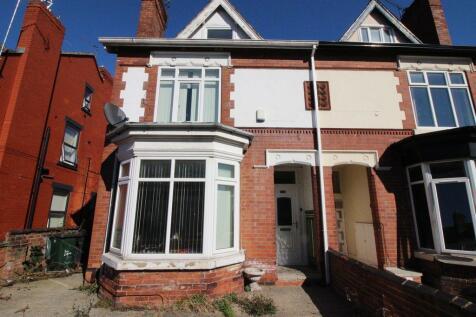 Morley Road, Doncaster. 5 bedroom semi-detached house for sale