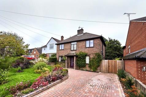 Charmouth Road, Herts. 3 bedroom house