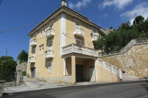 Santa Domenica Talao, Cosenza, Calabria. 3 bedroom apartment