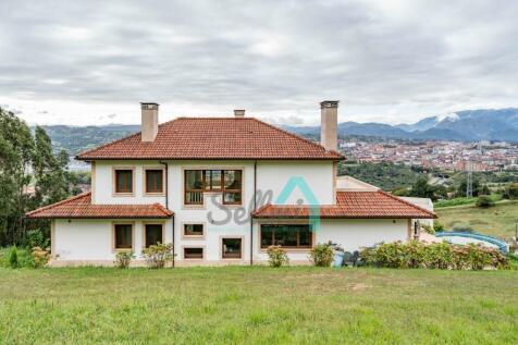 Asturias, Oviedo, Oviedo. 5 bedroom villa