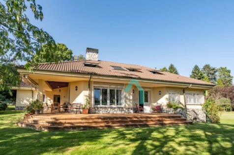 Asturias, Oviedo, Oviedo. 3 bedroom villa
