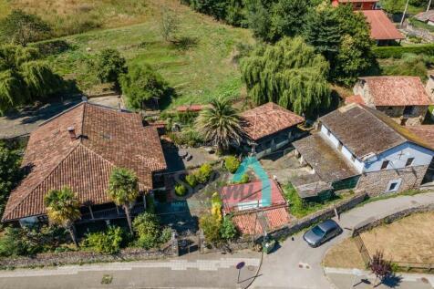 Asturias. 4 bedroom villa for sale