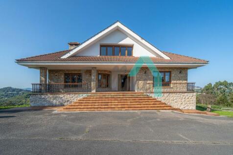 Asturias, Oviedo, Oviedo. 4 bedroom villa for sale
