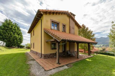 Asturias. 3 bedroom villa for sale