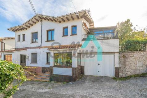 Asturias, Oviedo, Oviedo. 3 bedroom semi-detached house for sale