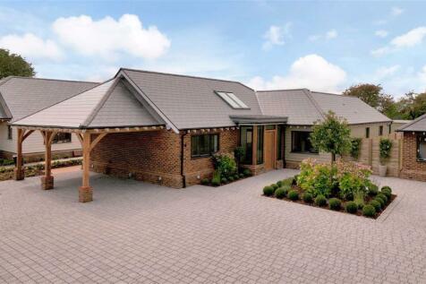 Abbie Fields Lees Road, Ashford, Kent. 3 bedroom detached bungalow