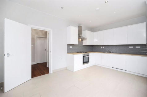 Aberdare Gardens, South Hampstead, NW6. 3 bedroom apartment