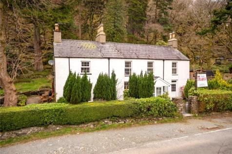 Nant Gwynant, Caernarfon, Gwynedd, LL55. Detached house for sale