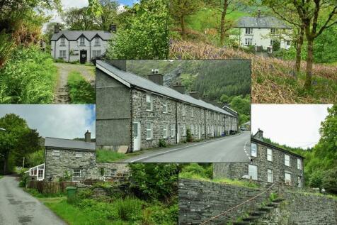 Aberllefenni, Machynlleth, Powys, SY20. Detached house for sale