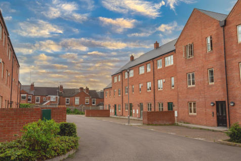 Kilby Mews, Coventry. 5 bedroom terraced house for sale