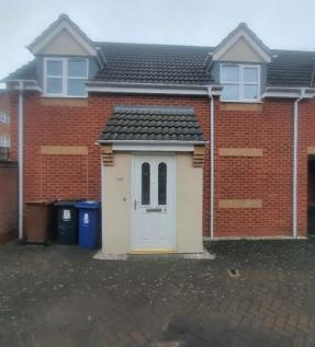 Castilla Place, Burton Upon Trent, DE13. 2 bedroom maisonette