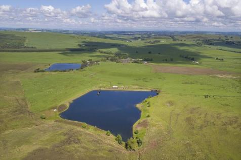 Lochlyoch and Tinto Trout Fishery, Thankerton, Biggar, South Lanarkshire. 6 bedroom detached house for sale