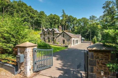 The Stables, Nr Dunkeld, Perthshire. 4 bedroom detached house