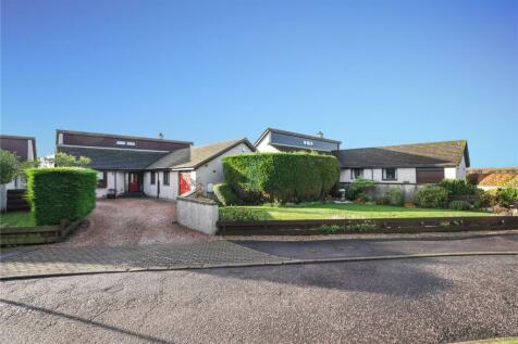 2 Bucklerscroft, Kellas, Broughty Ferry, Dundee. 4 bedroom detached house for sale