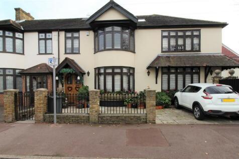 Sandringham Road, Barking. 5 bedroom semi-detached house for sale