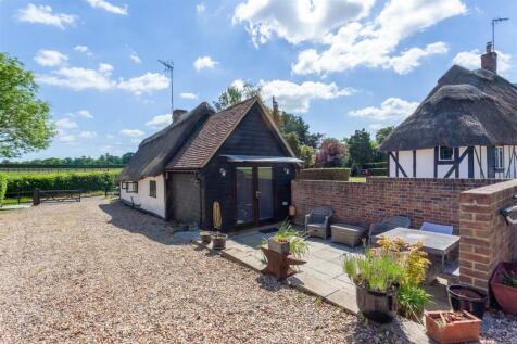 Fullers End, Elsenham, Bishop's Stortford. 6 bedroom house for sale