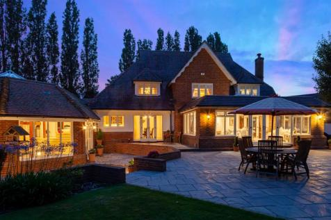 St. Katharines Green, Little Bardfield, Braintree. 5 bedroom detached house for sale