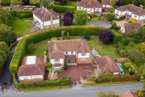 Strethall Road, Littlebury, Saffron Walden. 6 bedroom house for sale