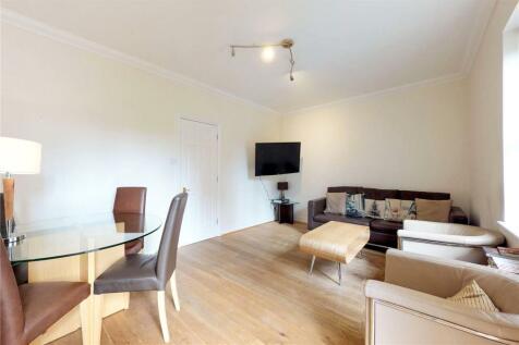 Spital Square, London, E1. 2 bedroom flat
