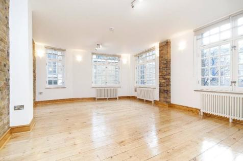 Rivington Street, London, EC2A. Studio flat