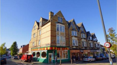 92 Cowley Road, Cowley Road, Oxford. 1 bedroom house share