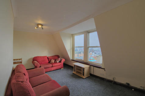 Seagate, Dundee. 3 bedroom apartment for sale