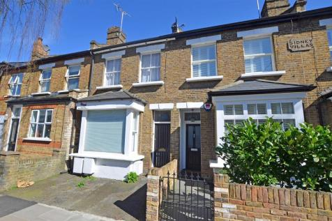 Church Road, Teddington. 2 bedroom apartment