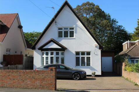 Durham Road, Wigmore, Gillingham, Kent. 4 bedroom detached house