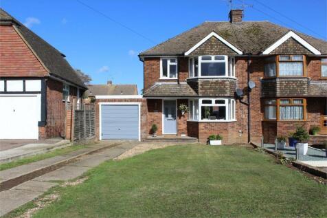Gainsborough Close, Rainham, Gillingham, Kent. 3 bedroom semi-detached house
