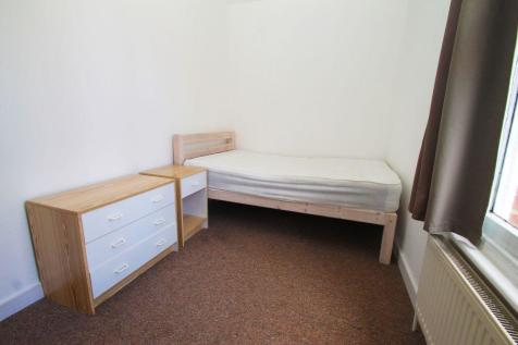 Room 3, St. Johns Lane, Canterbury. 1 bedroom property