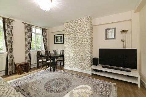 Waverley Grove, London. 3 bedroom apartment