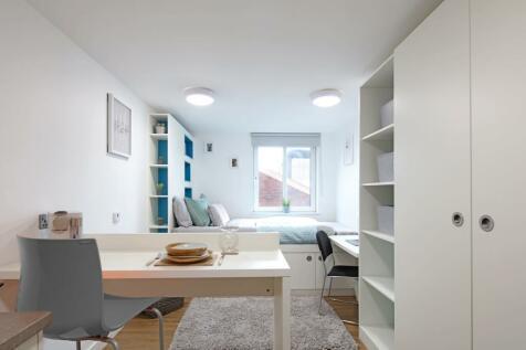 Coquet Street, Newcastle. Studio flat