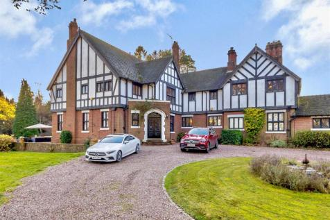 Greensforge Lane, Stourton, Stourbridge. 6 bedroom detached house for sale