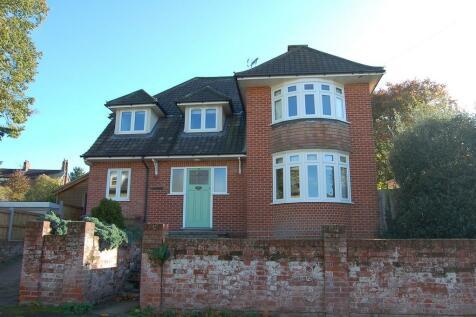 Broughton Road, Ipswich. 4 bedroom detached house for sale