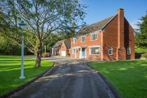 Kirrin Lodge, Garth Ends Road, HU17. 4 bedroom detached house for sale